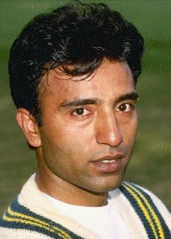 http://www.pakistanpaedia.com/cricket/saeed_anwar.jpg